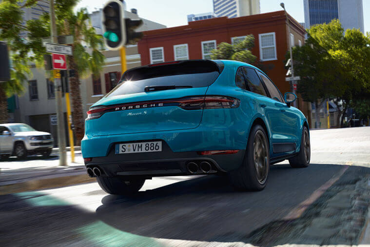 PORSCHE : MACAN LAUNCH